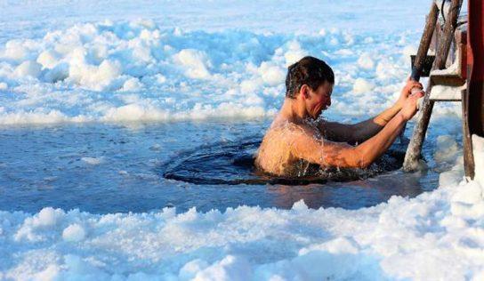 Morsowanie – zalety lodowatych kąpieli