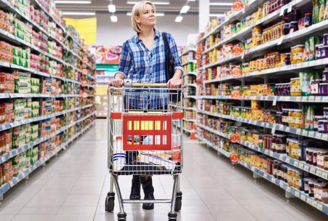 Jak czytać etykiety i na co zwracać uwagę – świadome zakupy
