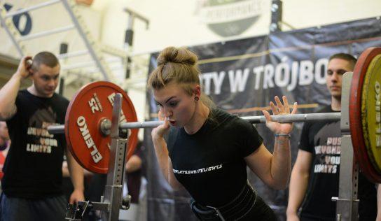 Jakie korzyści niesie za sobą trening siłowy?